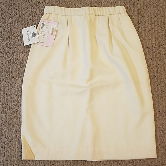 11a6535f5 Nordstrom Skirts | Winter White Skirt Size 4 | Poshmark